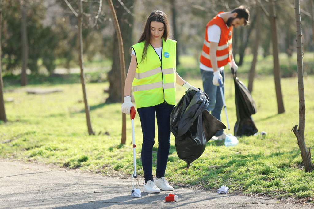 Event-Cleaning-Proactive-litter-and-spillage